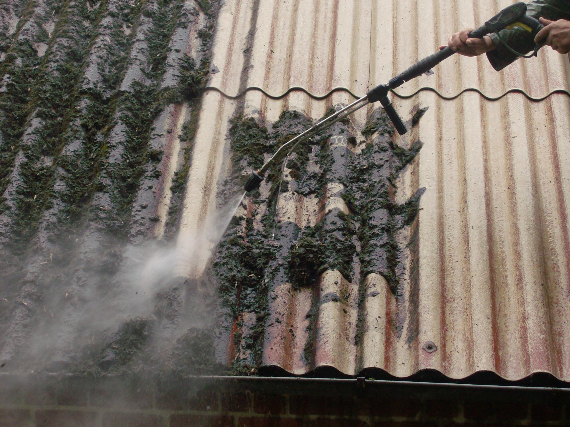 Nettoyage toiture haute pression